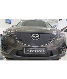 Maskisuoja Mazda Cx-5 2015- (parkkitutkilla)